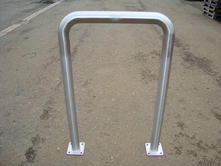 Ref 304 Door barrier & Blueton Limited - The new name in street furniture - Ref 304 Door ...
