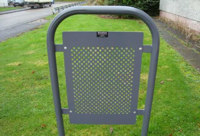 Protection barriers & Blueton Limited - The new name in street furniture - Ref 304 Door ... Pezcame.Com