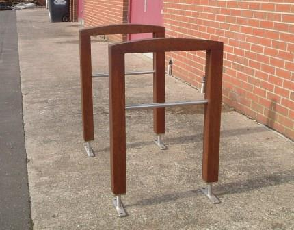 Ref 304 Door barrier & Blueton Limited - The new name in street furniture - Ref 304 Door ... Pezcame.Com