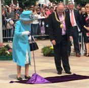 The Queen opens Dundee Waterfront Gardens......................